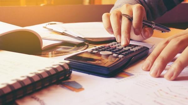 Tìm hiểu về lãi suất vay tiền nhanh