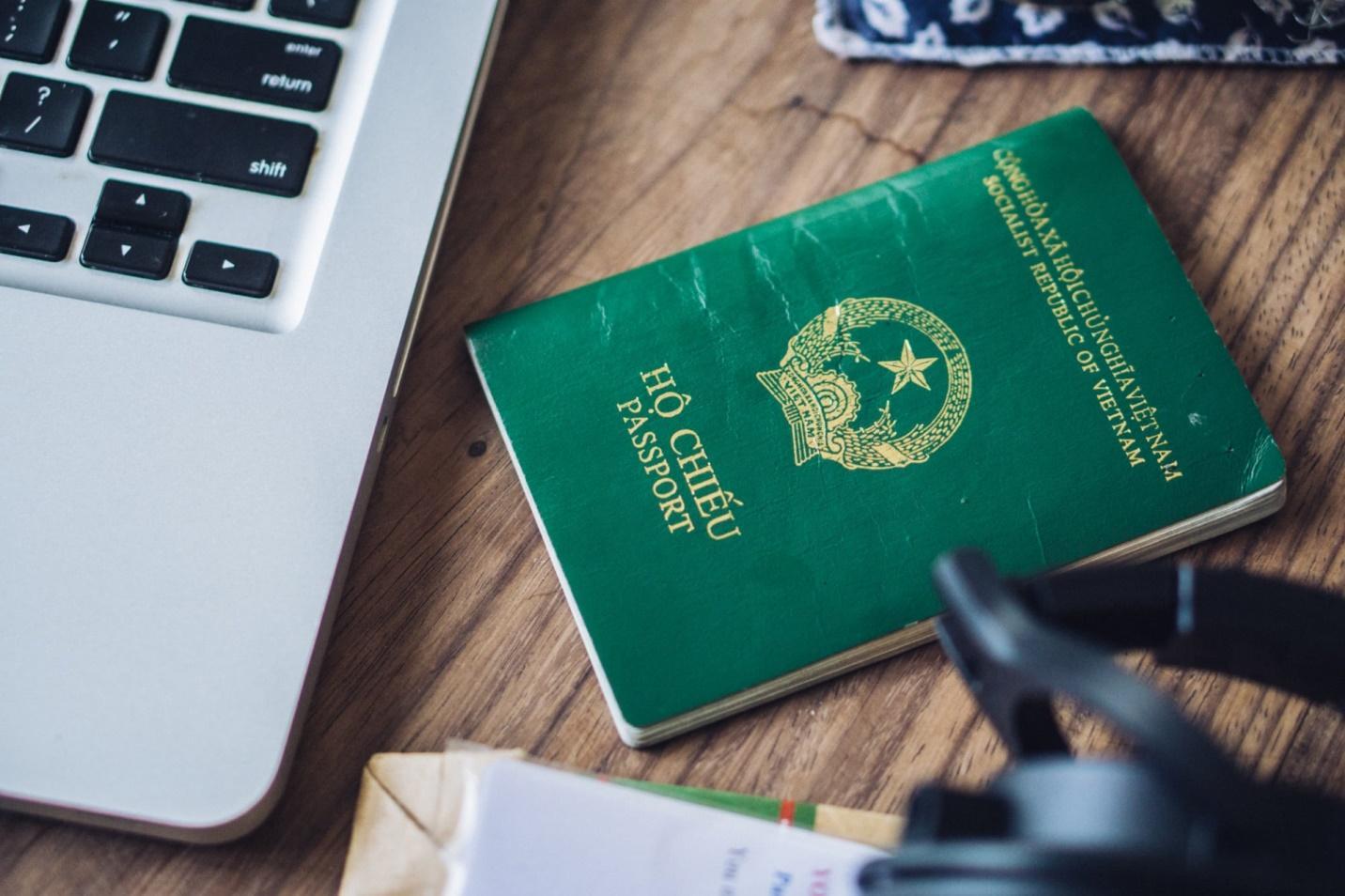 Vay tiền bằng hộ chiếu là một hình thức vay thông minh, tin cậy